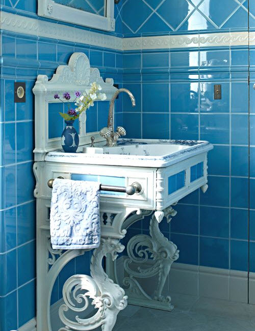 retro_blue_bathroom_tile_30