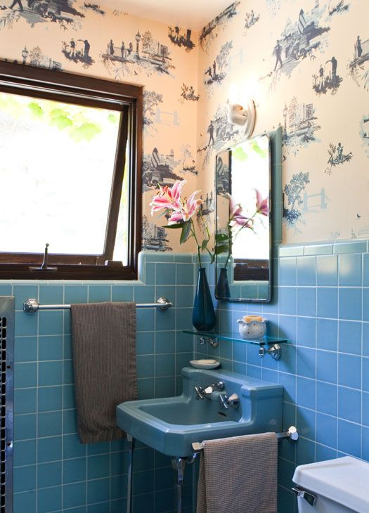 retro_blue_bathroom_tile_38
