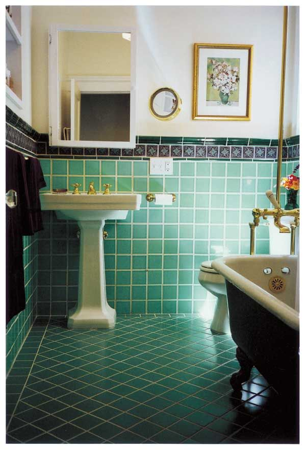 retro_green_bathroom_tile_13