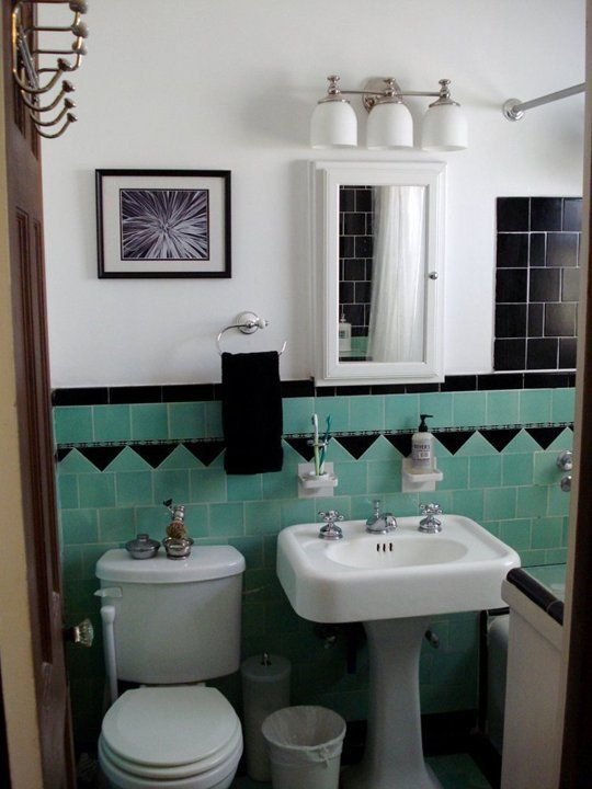 retro_green_bathroom_tile_16