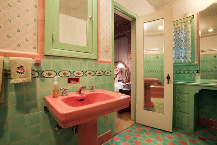 retro_green_bathroom_tile_32