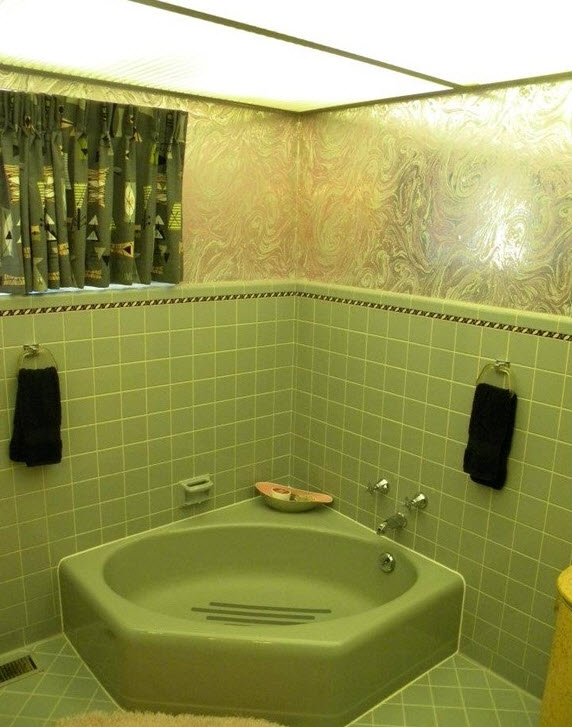 retro_green_bathroom_tile_34