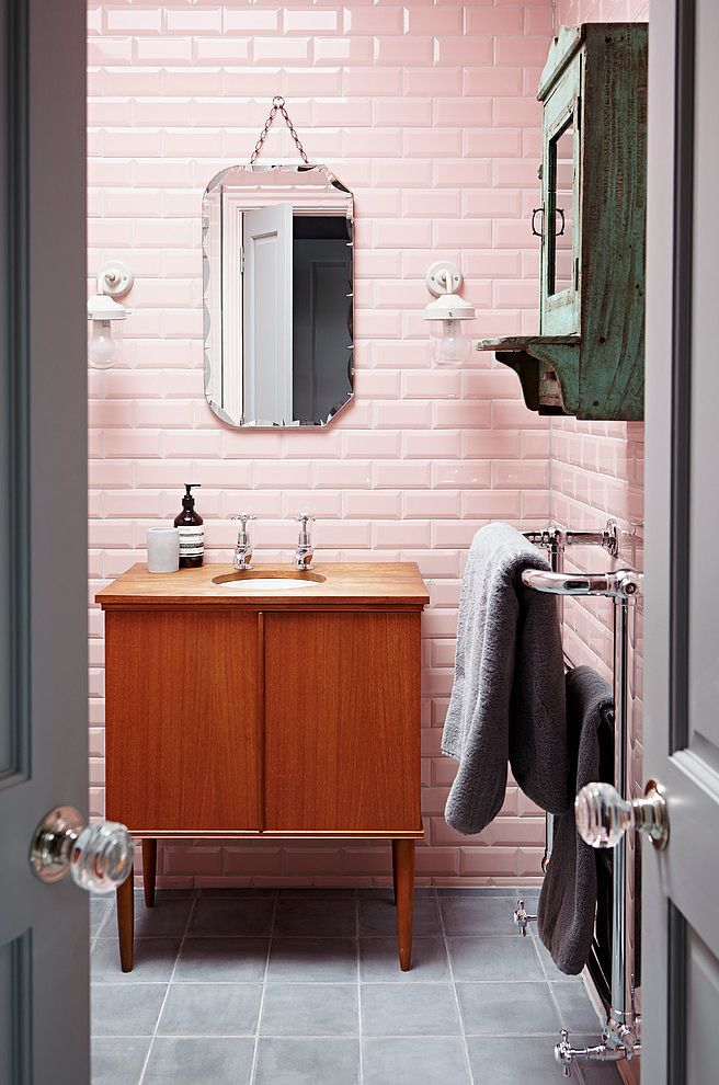 36 retro pink bathroom tile ideas and pictures for Salle de bain retro