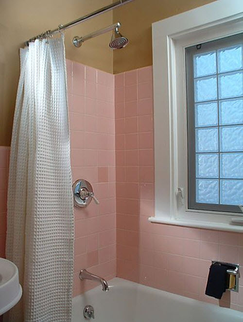 retro_pink_bathroom_tile_33