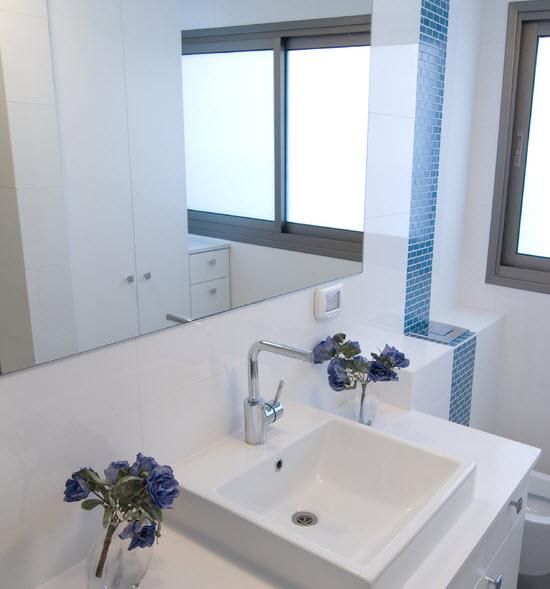 royal_blue_bathroom_tiles_29