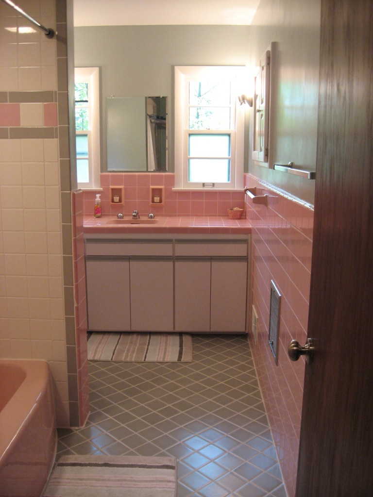 40 vintage pink bathroom tile ideas and pictures for 60 s bathroom ideas