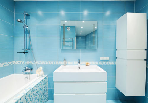 Light-Wall-Blue-Bathroom-Design