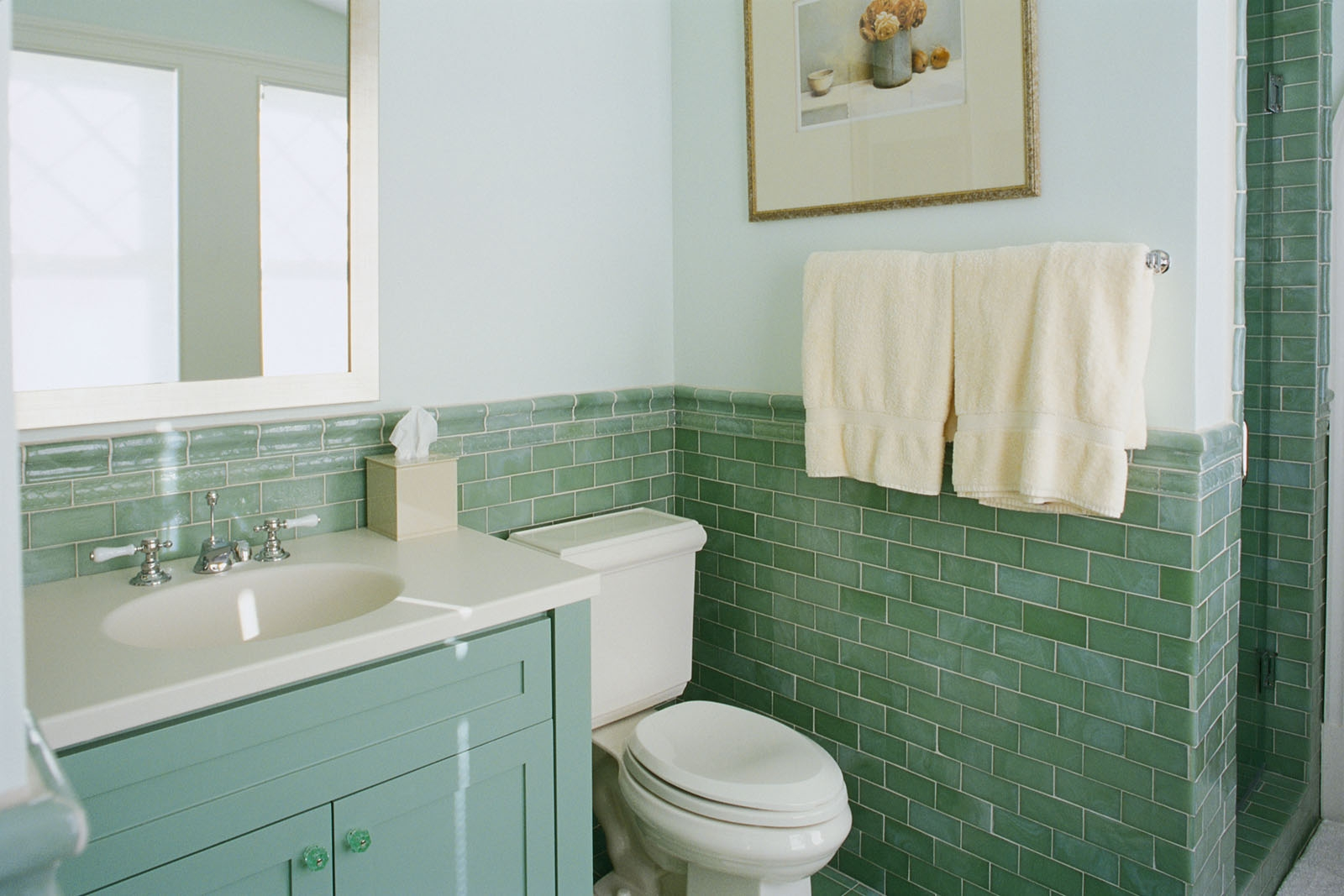 40 sea green bathroom tiles ideas and pictures for Bathroom decor green walls