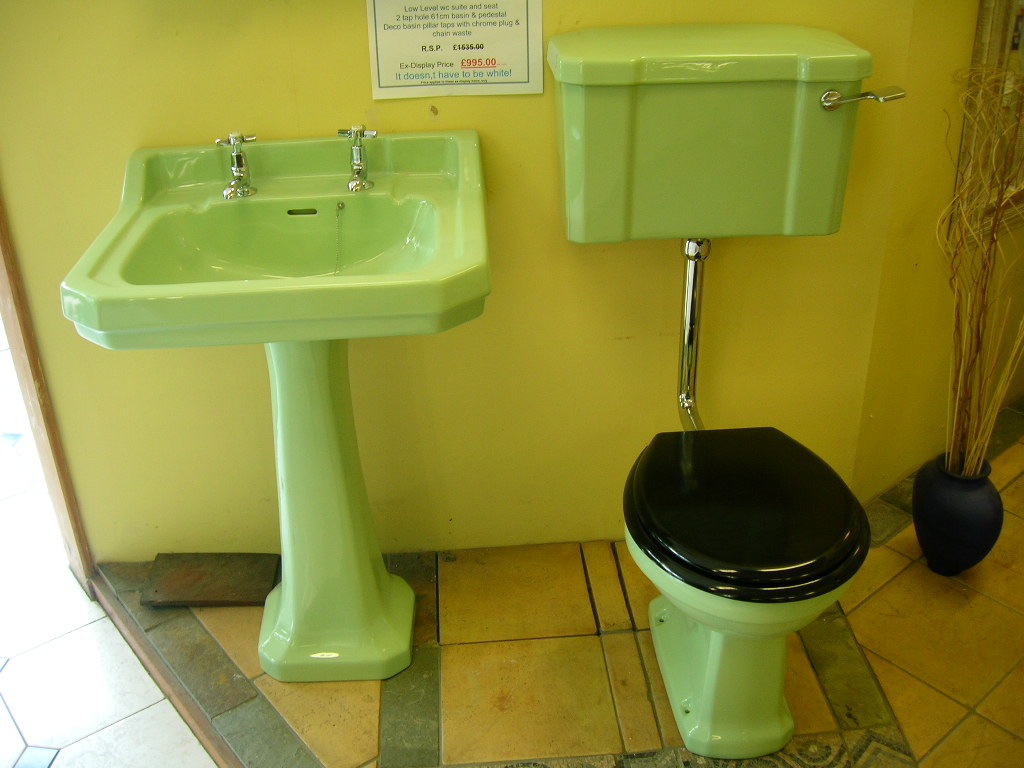 art-deco-style-toilet-washbasin-set-in-light-green-other-colours-available--19-p