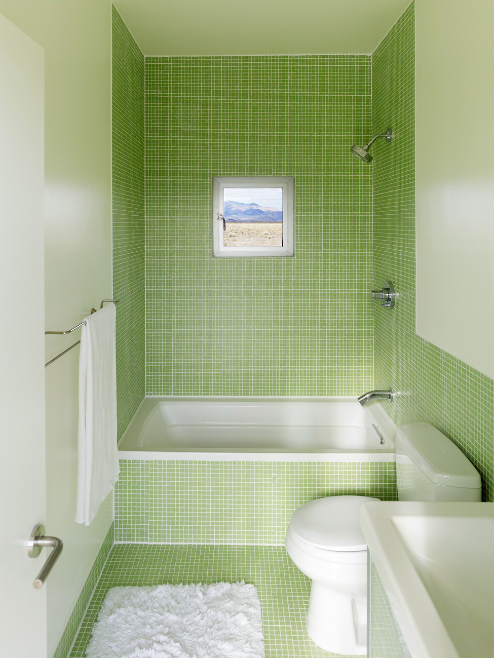 Green and white bathroom -  Pale Green Bathroom Idea