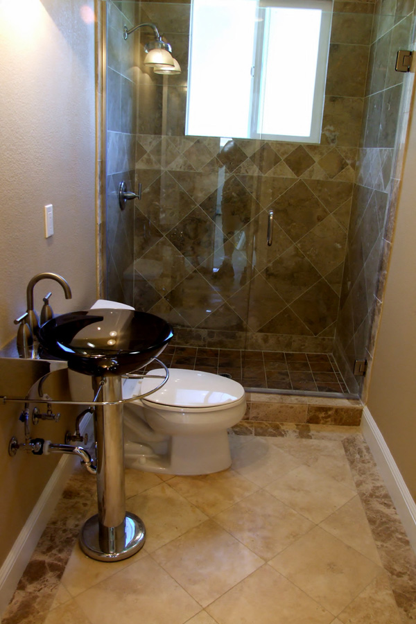 30 pictures of bathroom design with large subway tile - Types of showers for your home ...