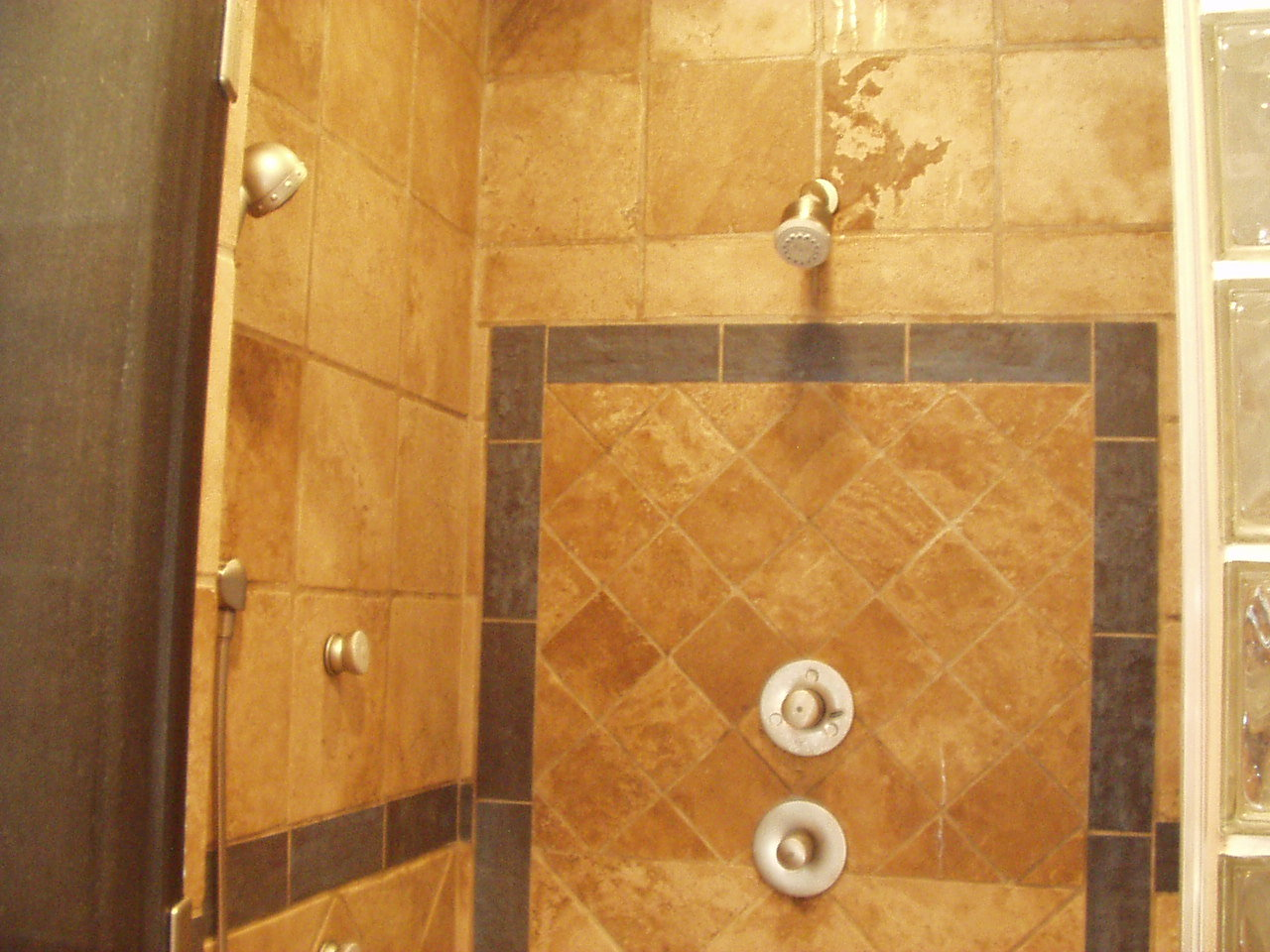 20 cool ideas travertine tile for shower walls with pictures for Travertine tile bathroom ideas
