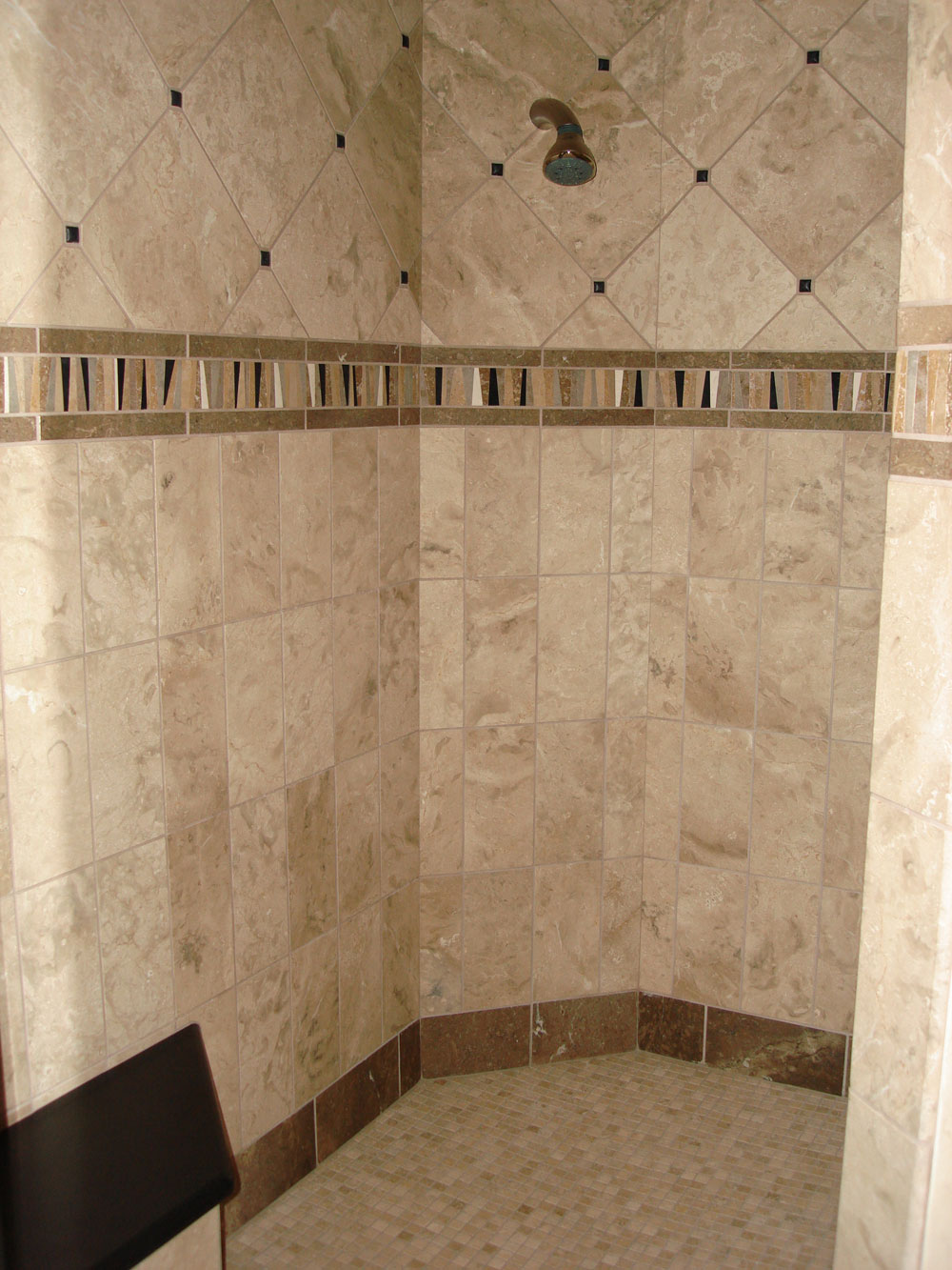 20 cool ideas travertine tile for shower walls with pictures for Bathroom tile flooring designs