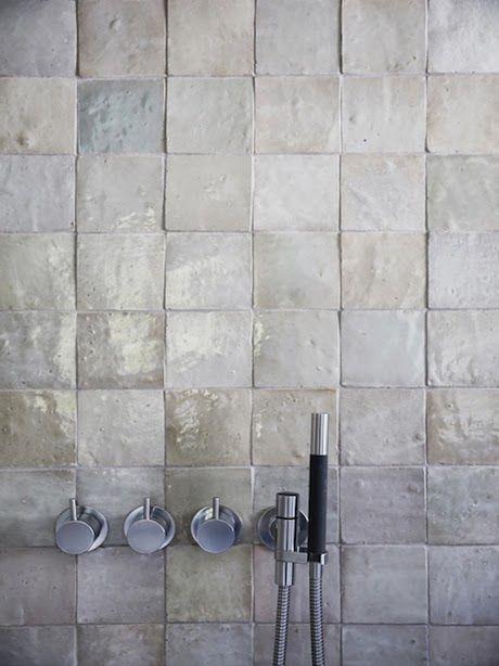 34 Great Ideas How To Use Grey Textured Bathroom Tiles 2019