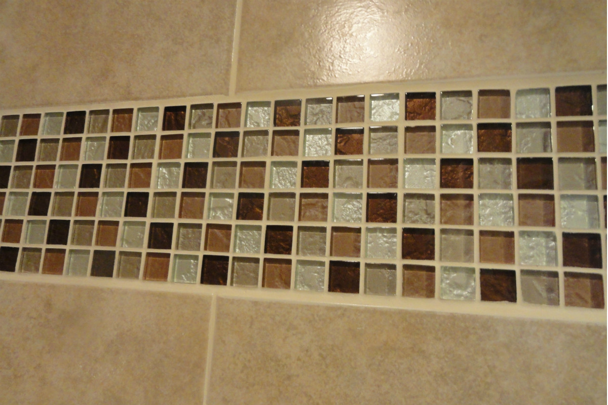 24 nice ideas of glass tiles for bathroom for Glass mosaic tile backsplash bathroom