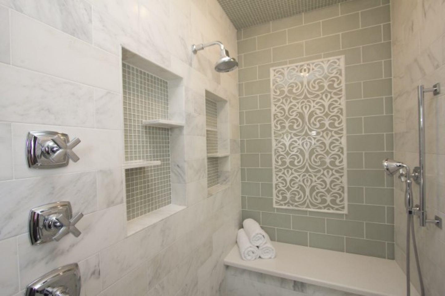 8 12 18 19 23 - Tiled Bathrooms Designs
