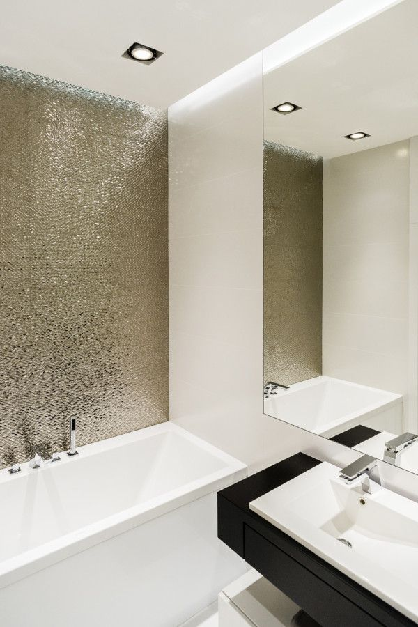 33 Amazing Pictures Of Silver Grey Bathroom Tiles
