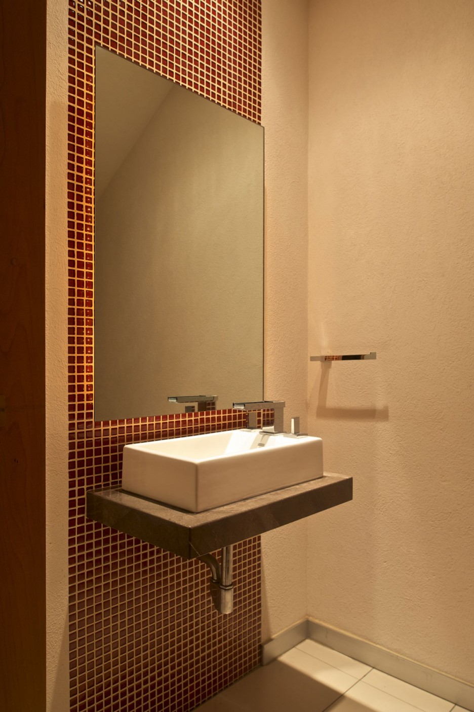 33 Nice Ideas Of Glass Tile Backsplash Bathroom Pictures 2019