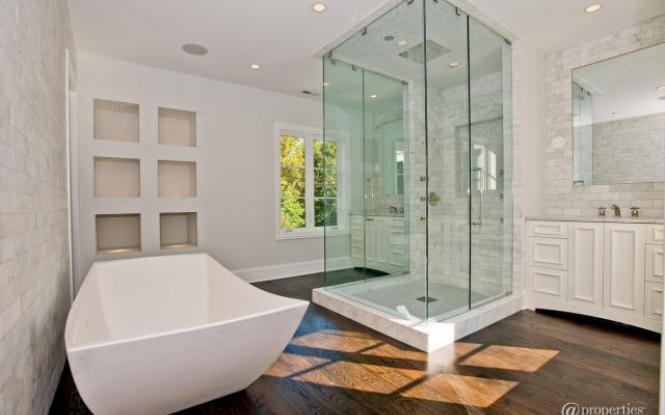 26341-shower-marble-subway-tiles-backsplash-white-single-bathroom-vanity_665x415