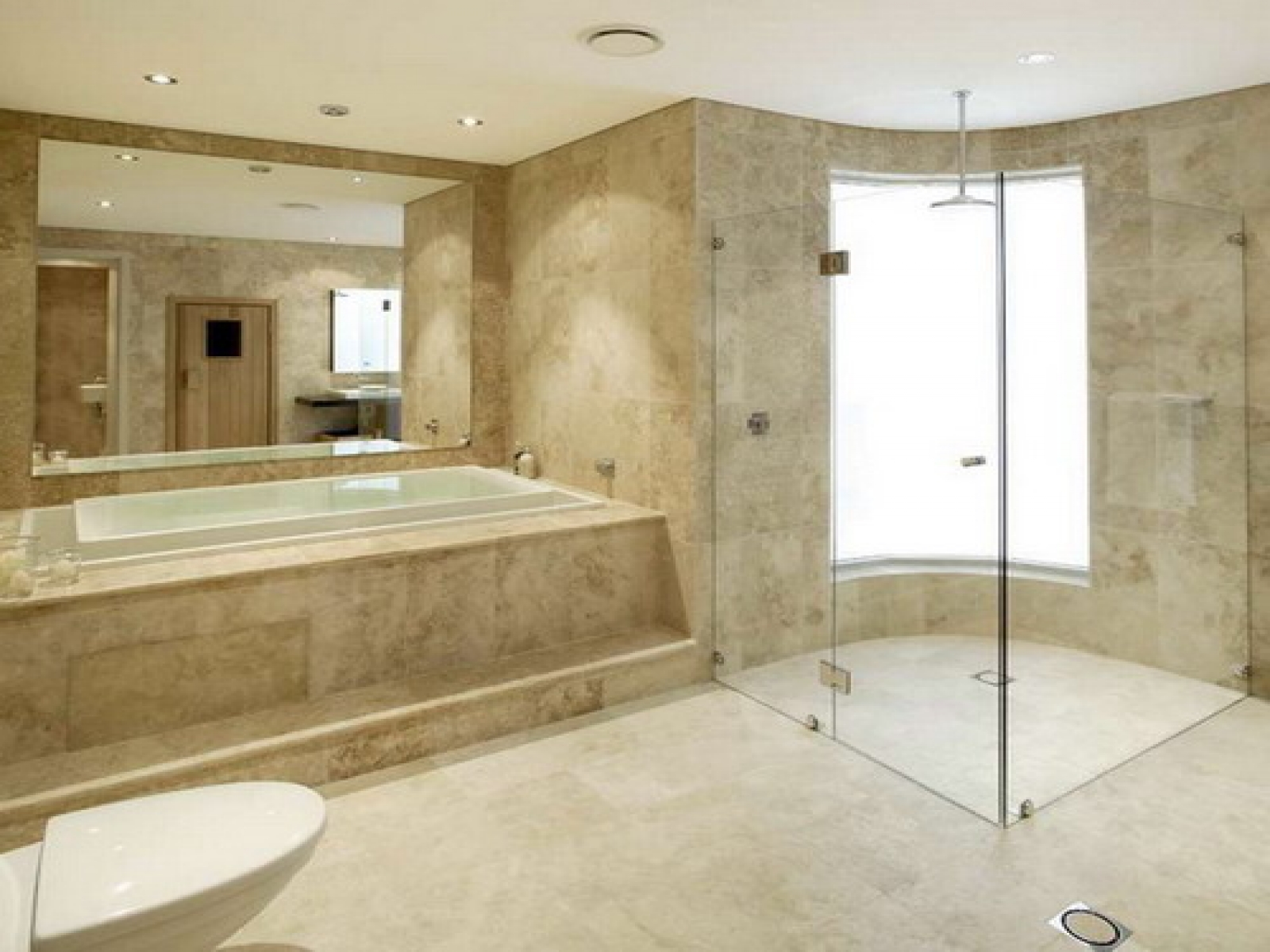 20 amazing pictures and ideas of travertine shower tile for Imagenes de banos decorados