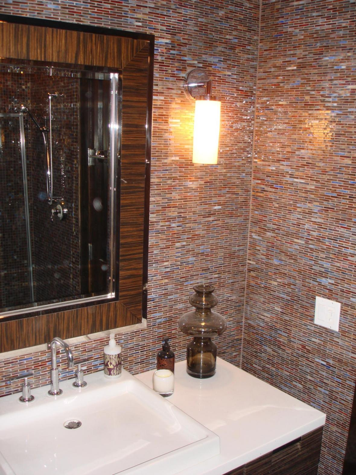 31 interesting ideas glass tile accent wall bathroom 2020