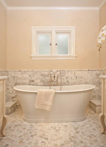 43a193180c9d9f68_1000-w422-h582-b0-p0--traditional-bathroom