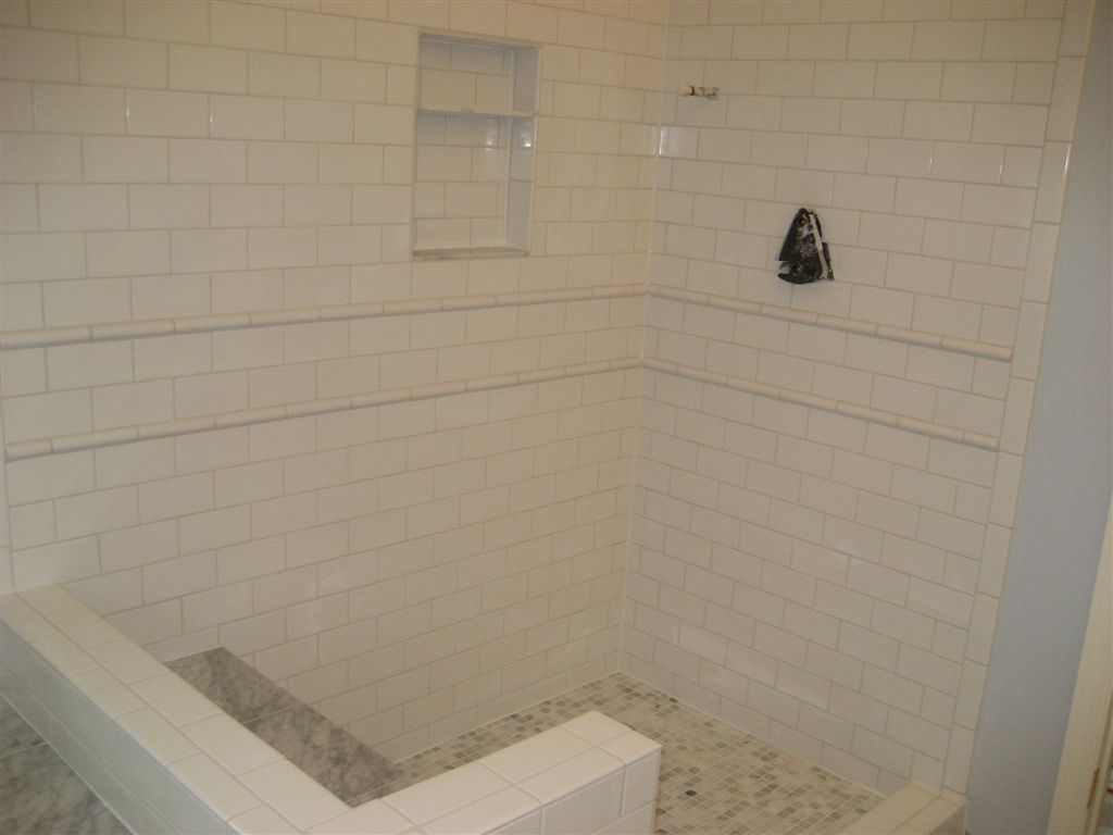 19 amazing ideas how to use ceramic shower tile 5 7 dailygadgetfo Image collections
