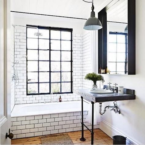 Bathroom-Insagram-_thirstyhearts