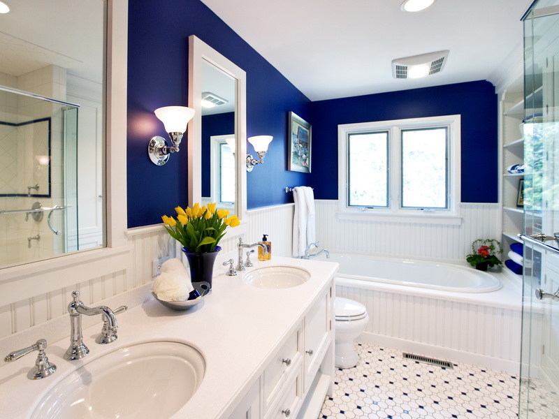 Beautiful-White-Blue-Nautical-Bathroom-Decorating-Ideas