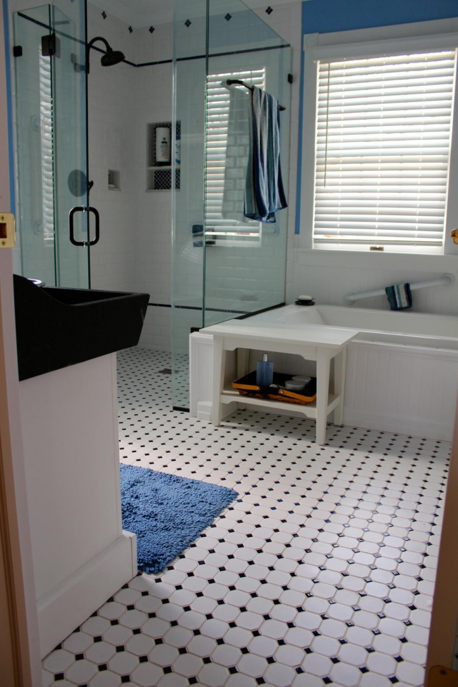 fancy white bathroom decorating design ideas with black and white tile