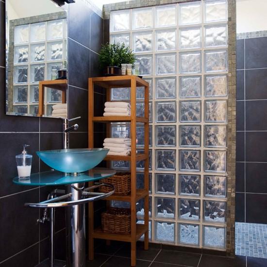 bathroom-tile-ideas-clear-glass-tiles