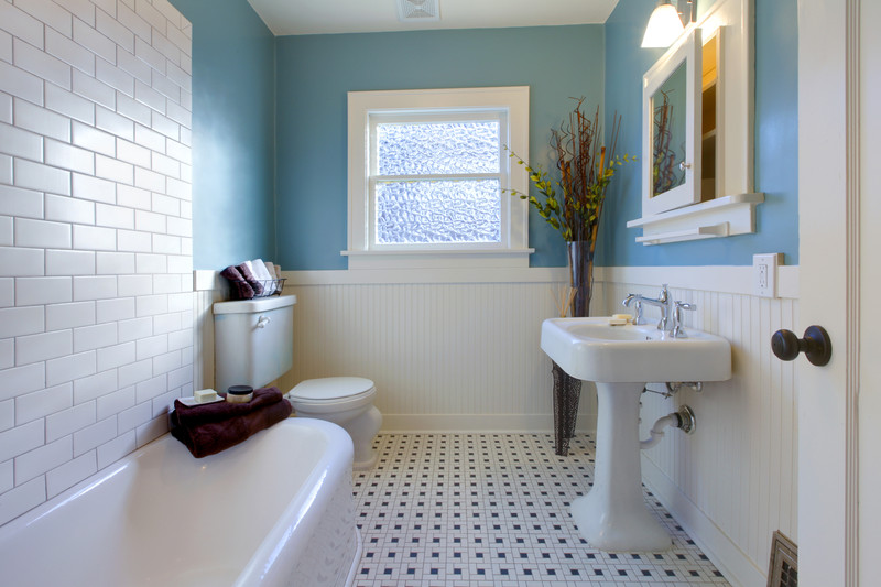 Subway Tile Beadboard Bathroom