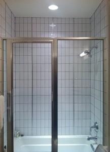 contemporary-subway-tile-installation-217x300