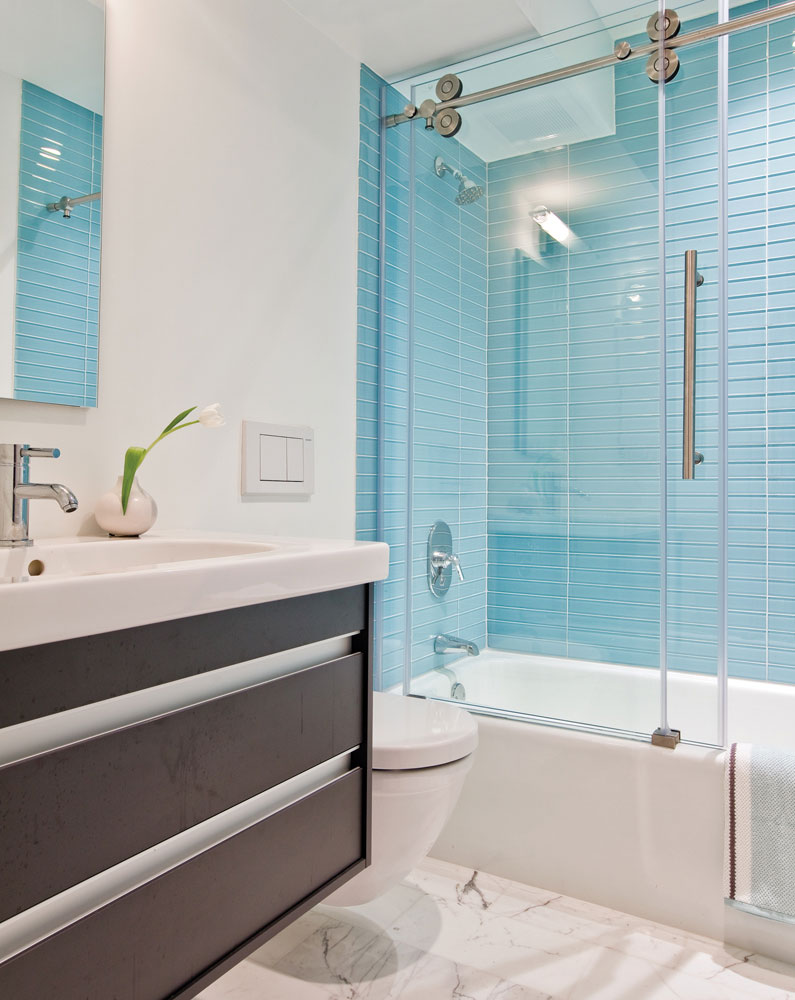 furniture blue glass tiles wall connected by glass - Bathroom Designs Using Glass Tiles