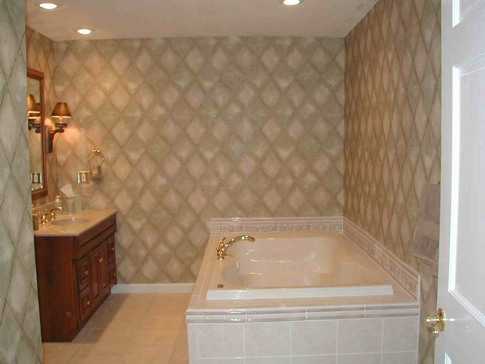 25 wonderful large glass bathroom tiles for Images of bathroom tile ideas