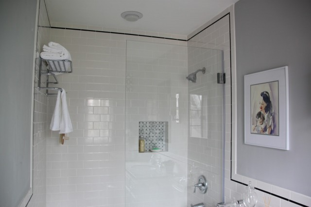 inspiration-bathroom-magnificent-gloss-white-tile-bathroom-wall-panelling-and-clear-glass-shower-divider-screen-also-square-wall-mount-mirror-as-well-as-stainless-floating-towel-bar-in-small-mod