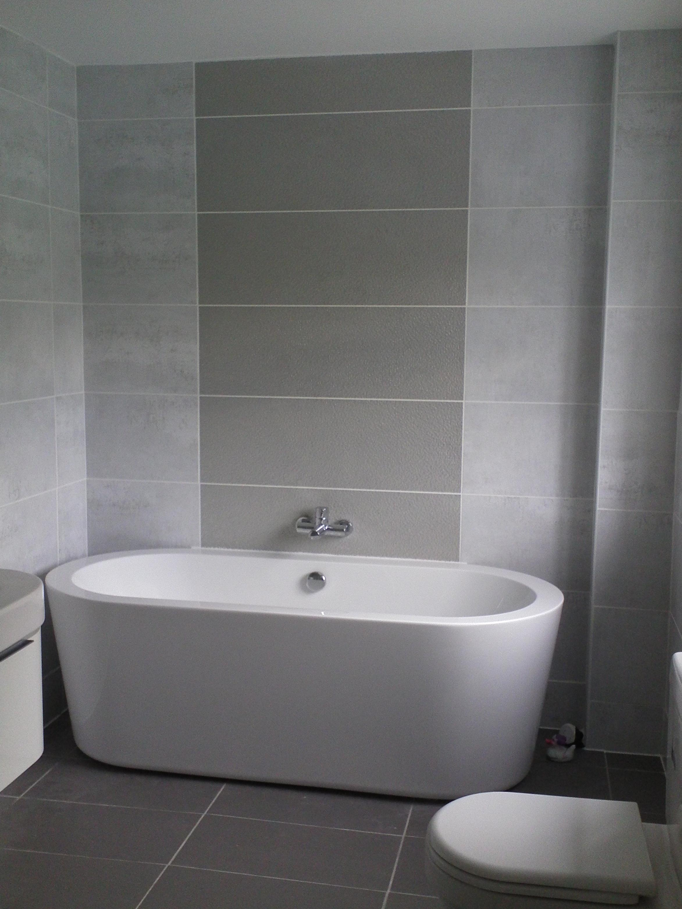 ... Interior White Grey Tiles Bathroom Wall Added By  ...