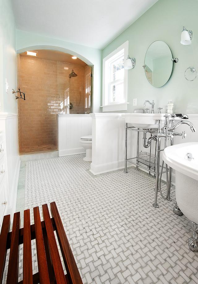 traditional_bathroom