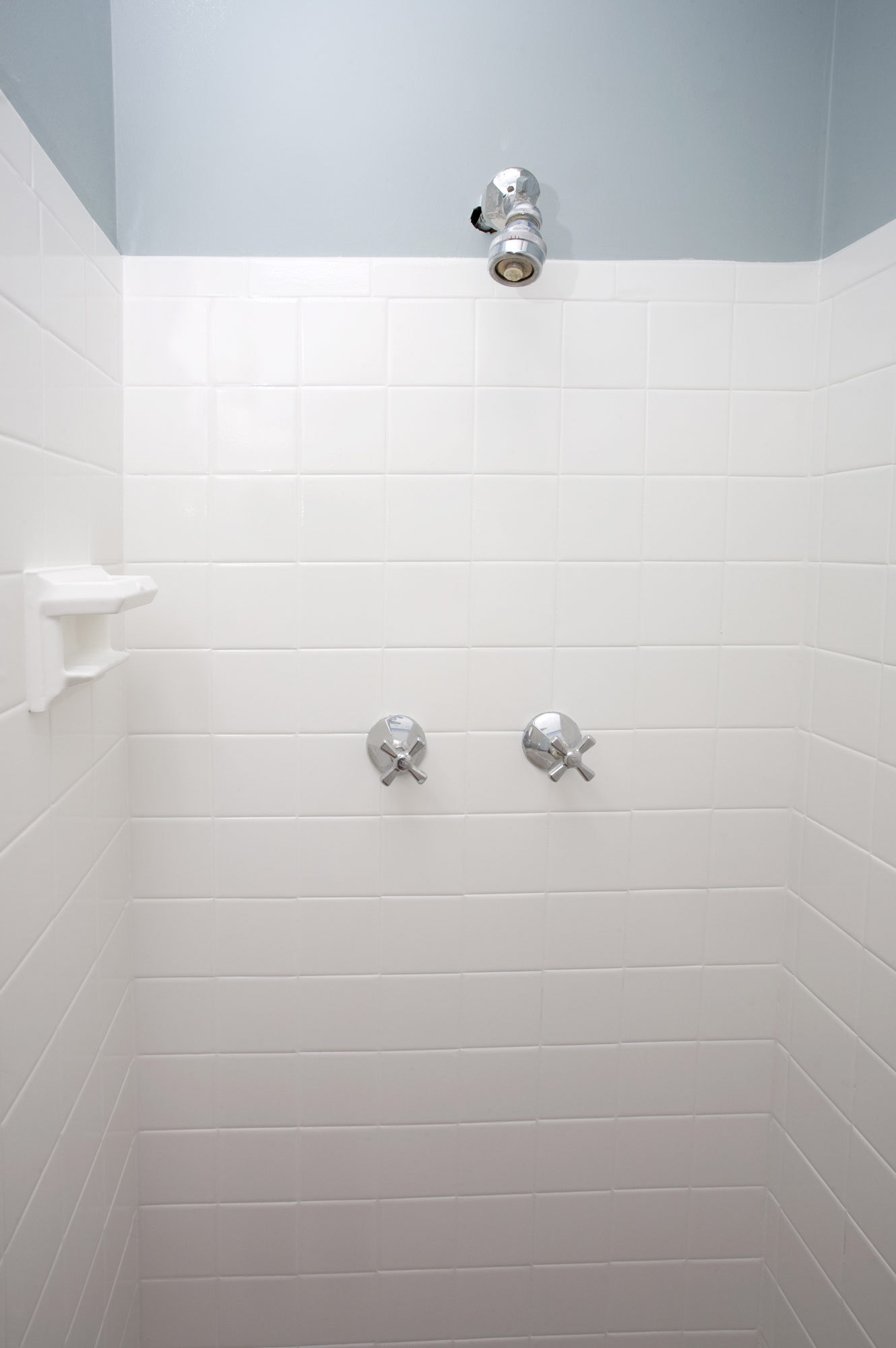Gentil Large Subway Tile In A Shower