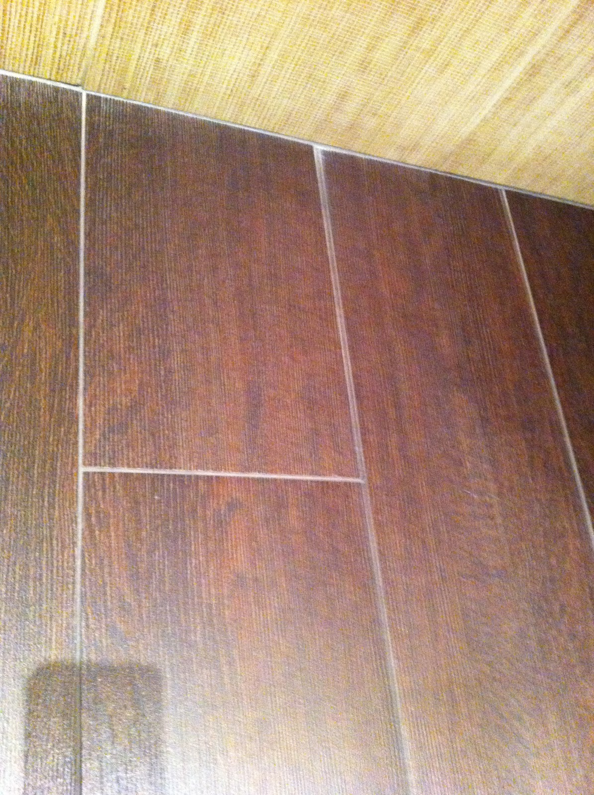 28 amazing pictures and ideas of wood plank tile in bathroom 13 dailygadgetfo Image collections