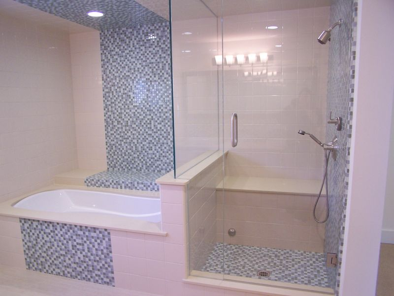 30 Pictures Of Bathroom Mosaic Tile Borders