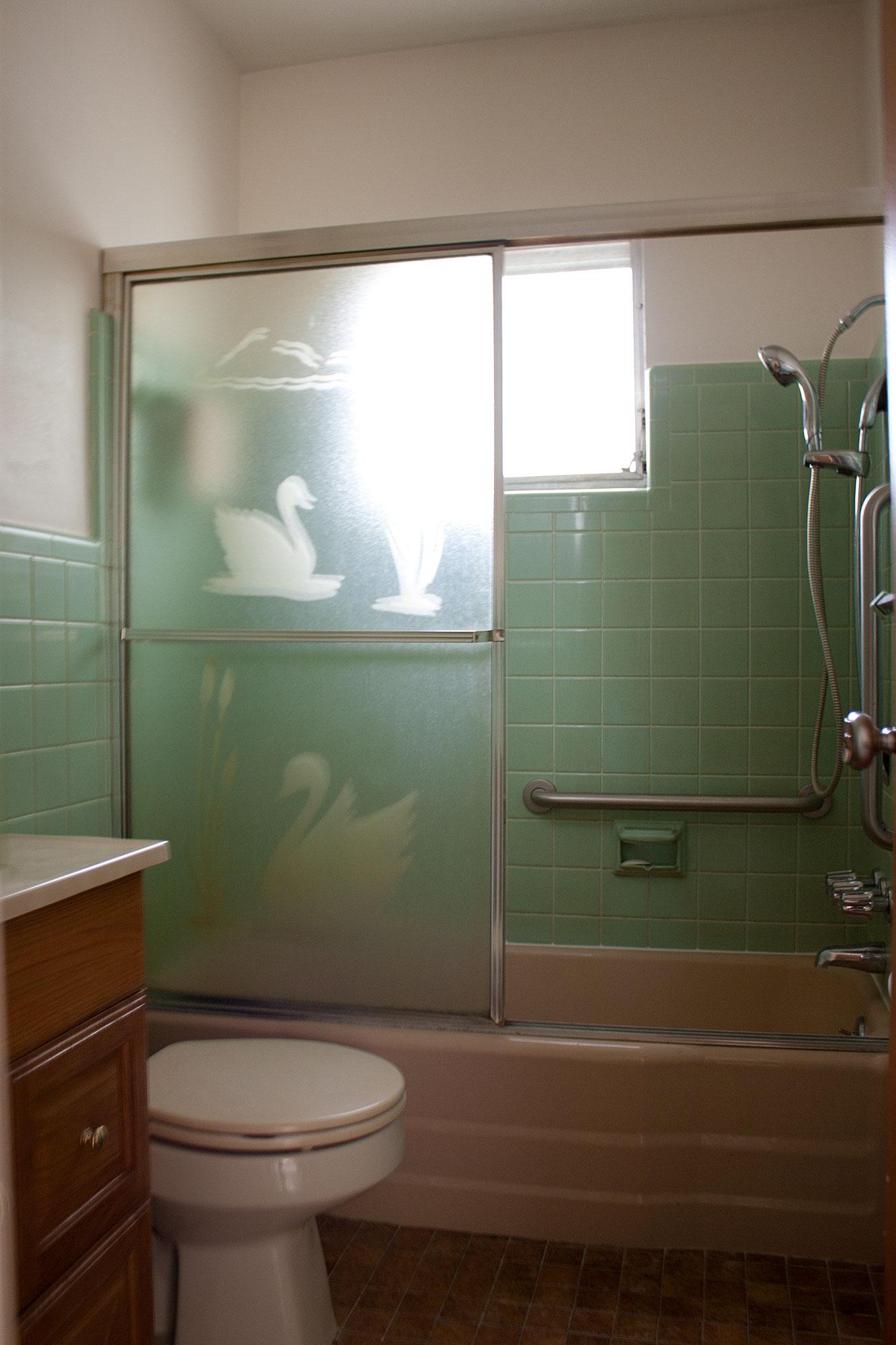1bathroom_original