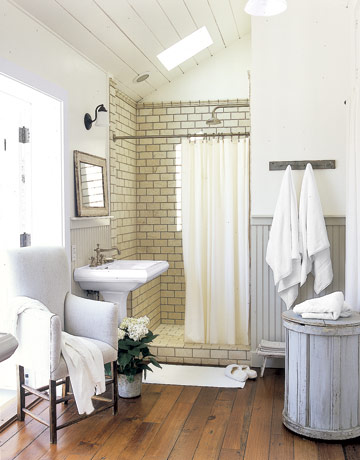 54eade426a653_-_bathroom-plank-wood-flooring-htours0206-de-98054537