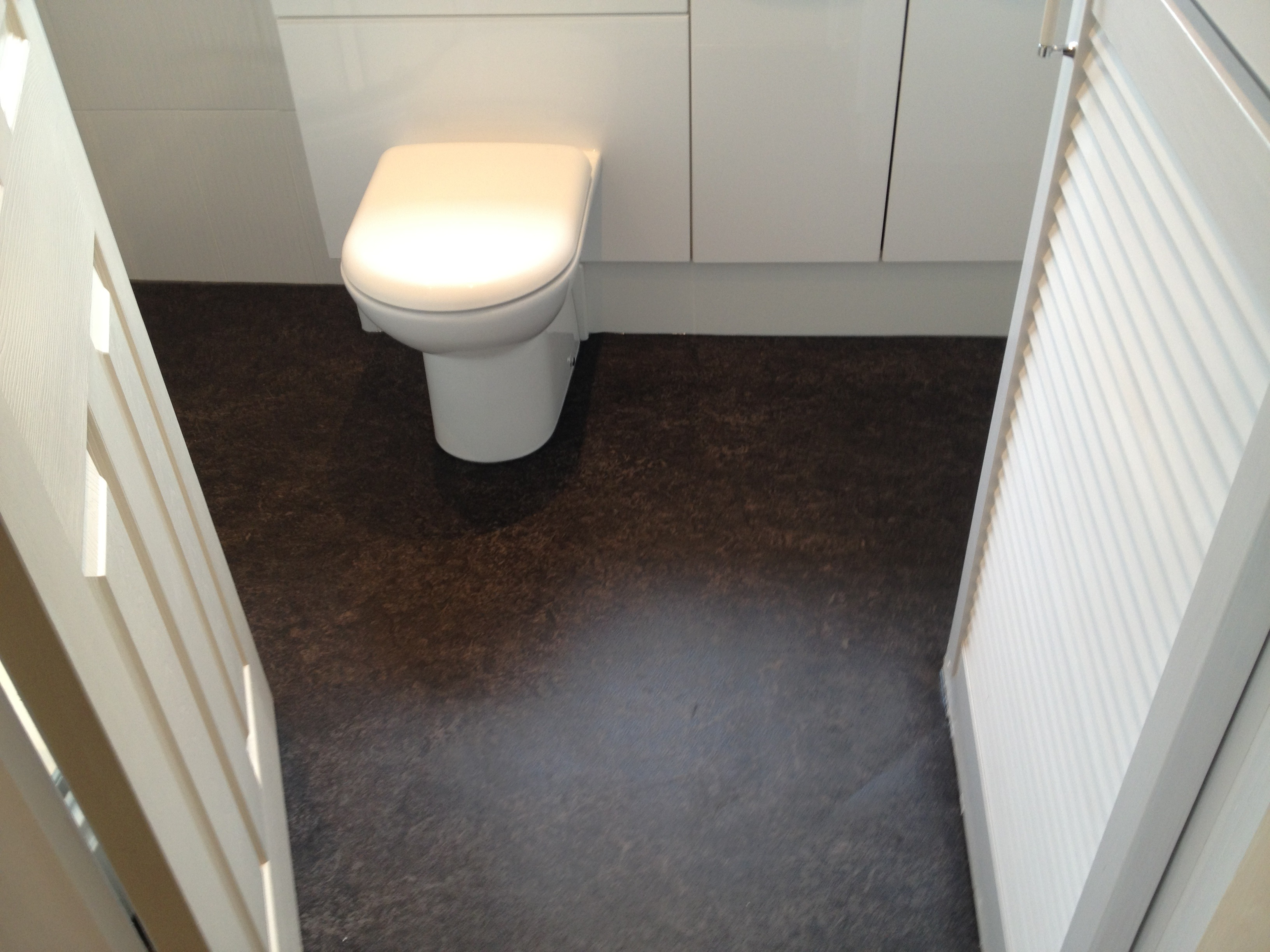 Bathroom vinyl flooring image