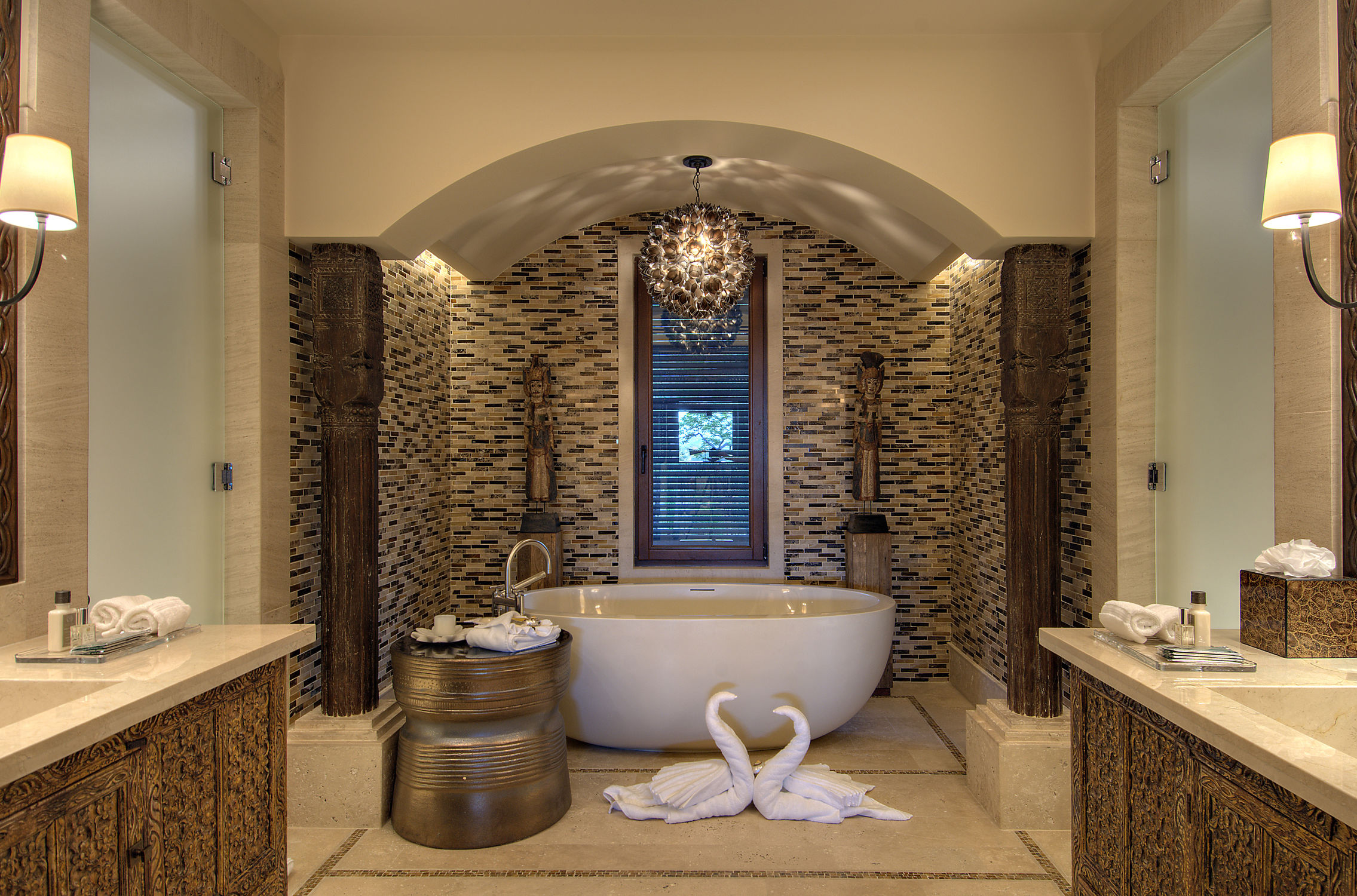 Beautiful-artistic-bathroom-design-ideas-with-wonderful-white-freestanding-oval-composite-stone-bathtub