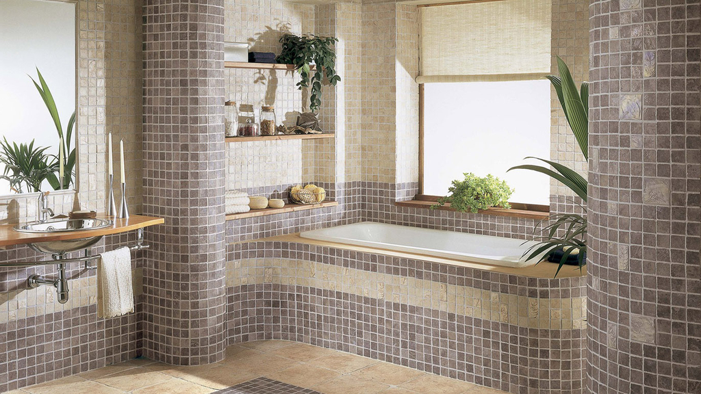 Country-Bathroom-with-Ceramic-Tile-Decor