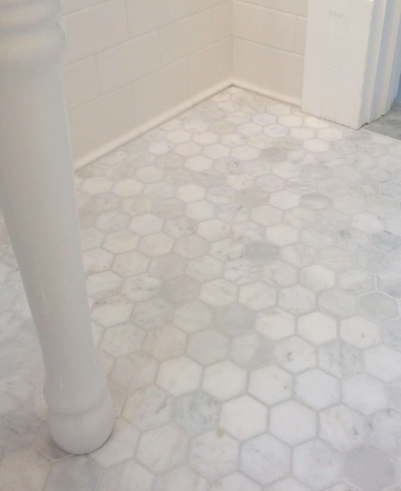 Decorative Spaces Traditional Design Ideas For Marble Hexagon Dimsifk Dsc075621 Dscn0542 Edwardianbathroom Floor Tile Tujunga Bathroom