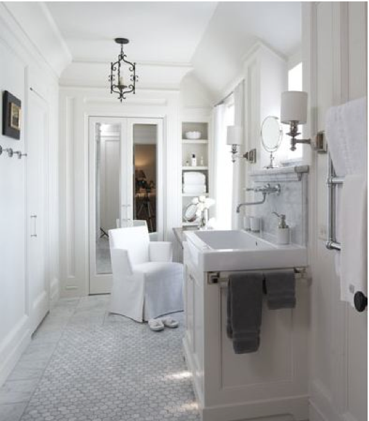 Gorgeous-vintage-bathroom-all-white-with-marble.
