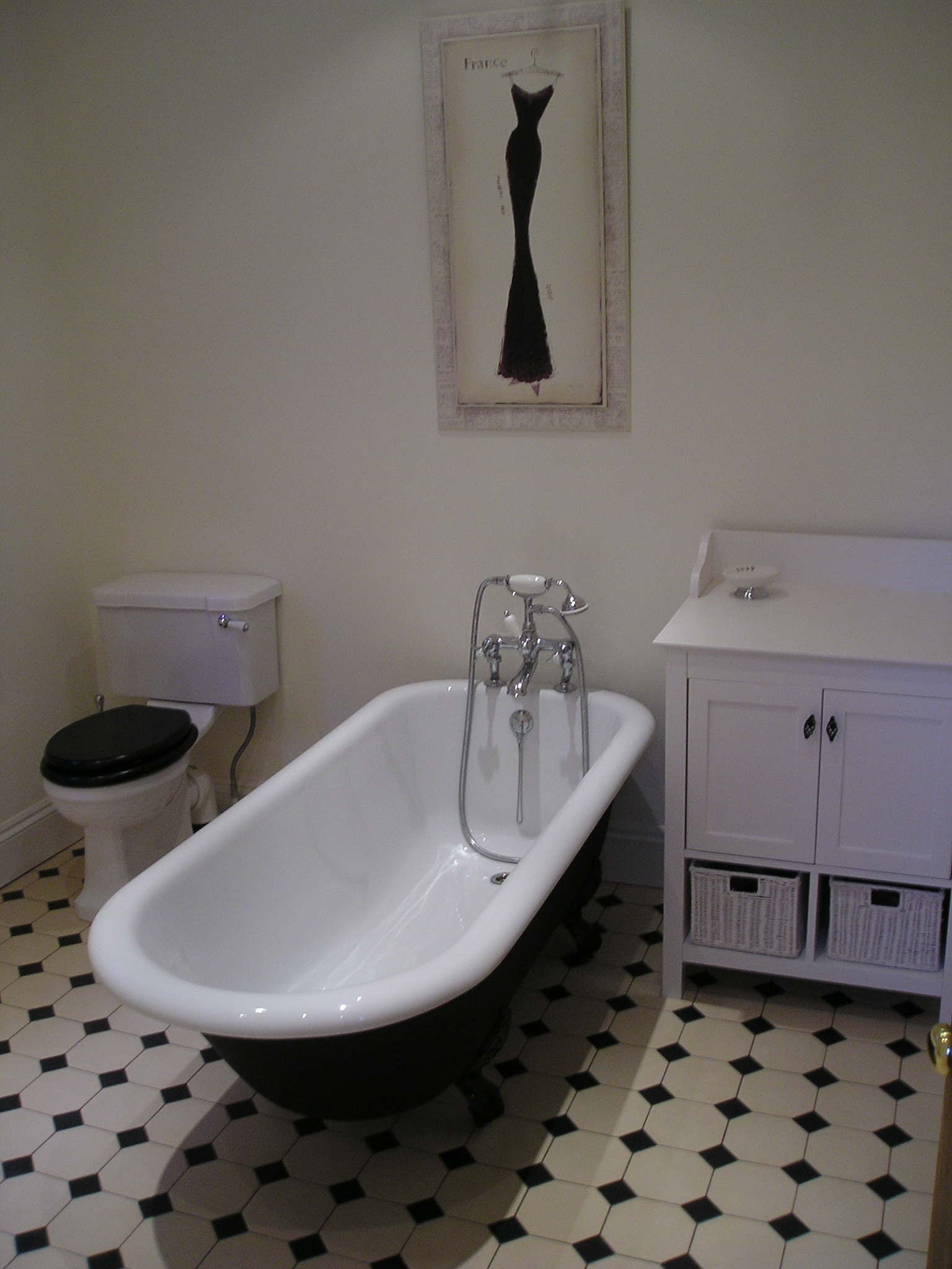 25 wonderful pictures of victorian bathroom tile ideas for Victorian bathroom tiles ideas