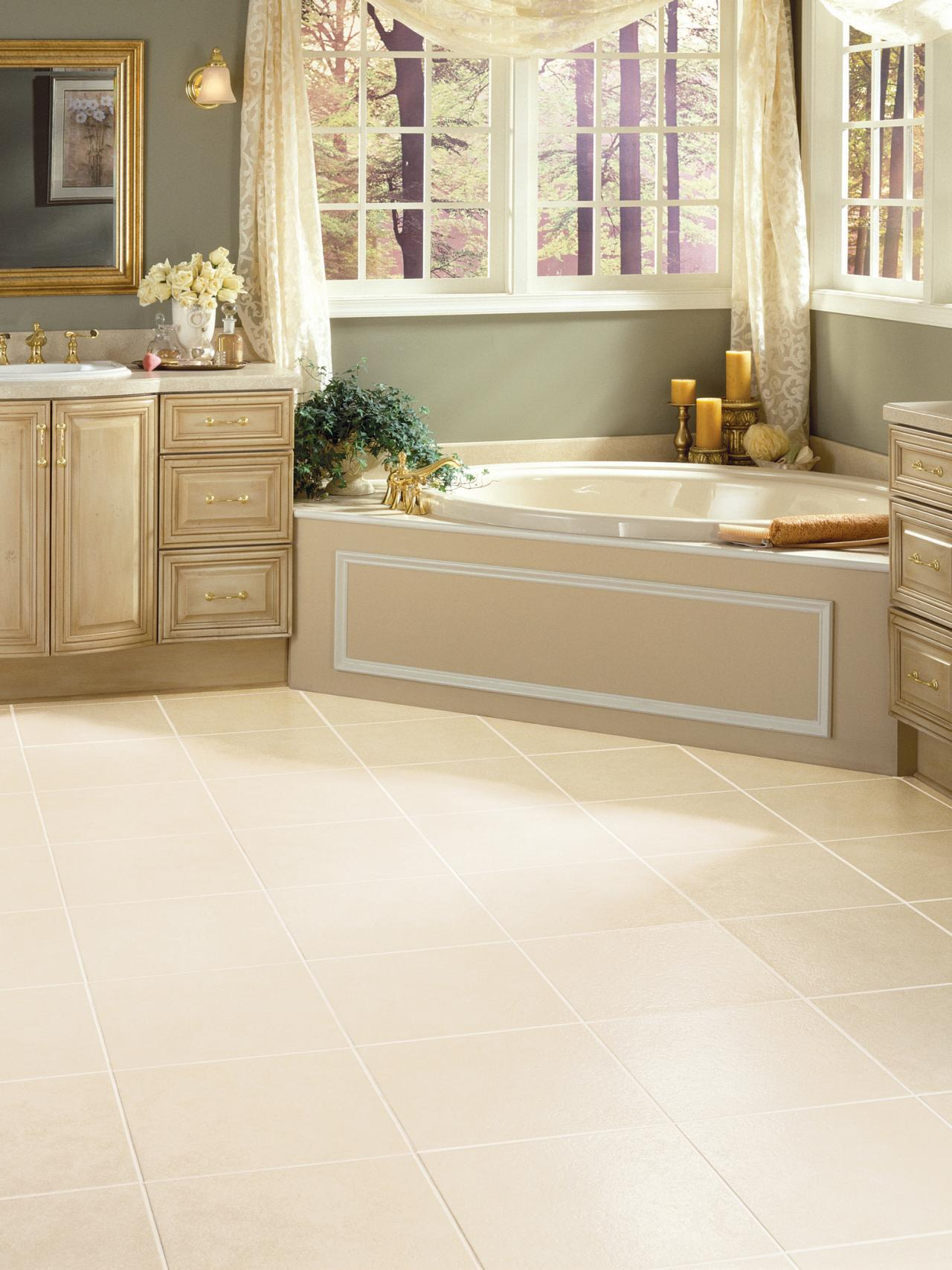 30 stunning pictures and ideas of vinyl flooring bathroom for Vinyl floor tiles in bathroom